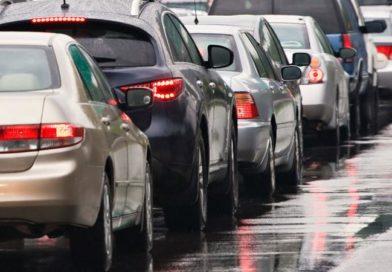 Nem rég érkezett: Három autó rohant egymásba Budapest felé az M3-ason